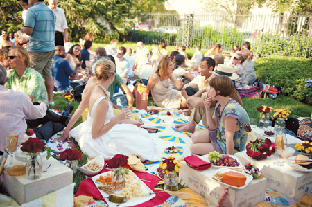 garden-party-wedding-food-ideas